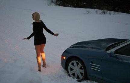 blonde_car_stuck_girl_stuck_in_snow_019