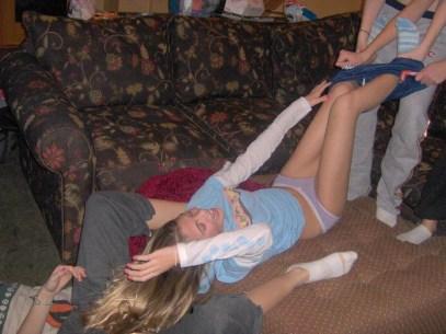 drunk-girls-getting-pantsed-6