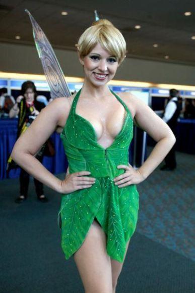 2c182_comic_comic-con-sexy-costumes77