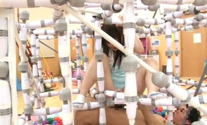 japan-av-porn-jungle-gym-playground-6
