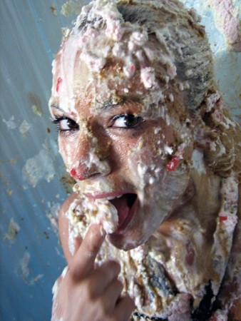 wet-and-messy-sploshing-photos-5-338x450