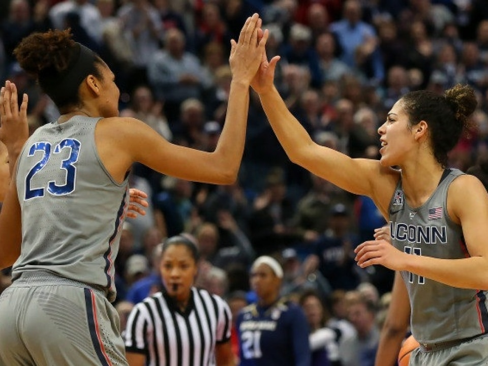 Women S Basketball Rankings Uconn Remains No 1 In Ap Top