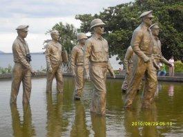 MacArthur Landing