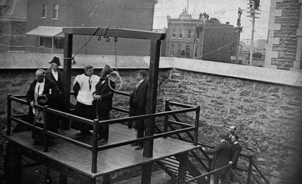 execution_of_stanislaus_lacroix_in_hull_quebec_canada_1902