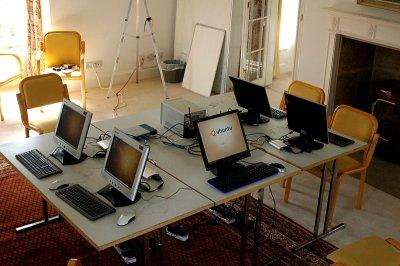 Ndiyo! classroom setup