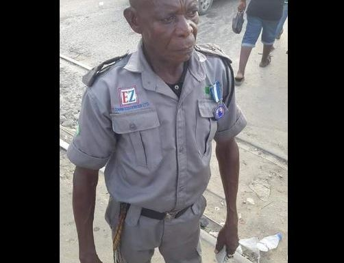Popular Rivers Traffic Warden Gets A New House From Port-Harcourt Mayor (Photos)