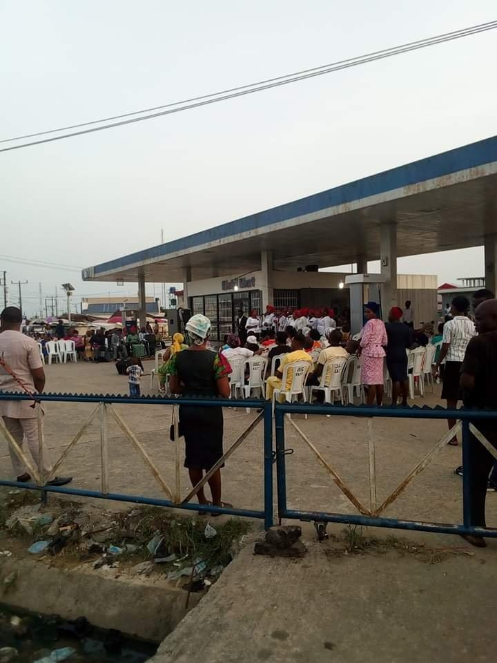 Mobil Gas Station in Eket turns to a Crusade Ground for lack of Product for Years (details) 1