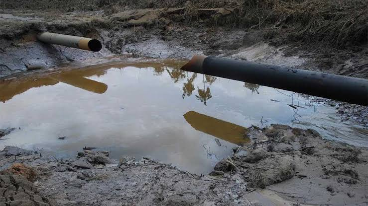 IOCs, others raise alarm as vandalism, oil theft rise in Niger Delta