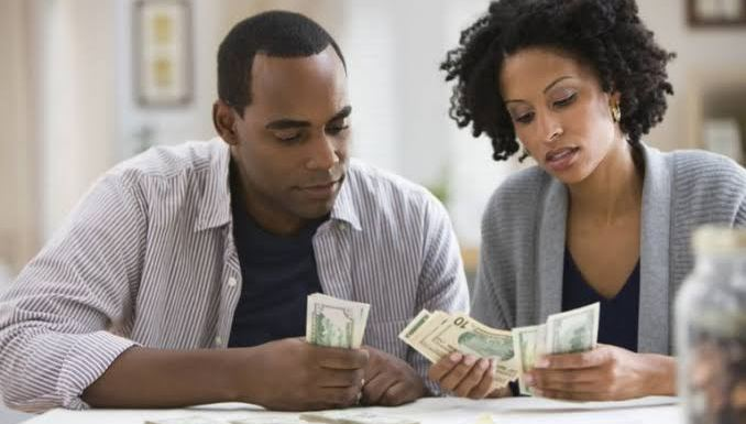 Ways you must avoid if you dont want Money to ruin your happy marriage