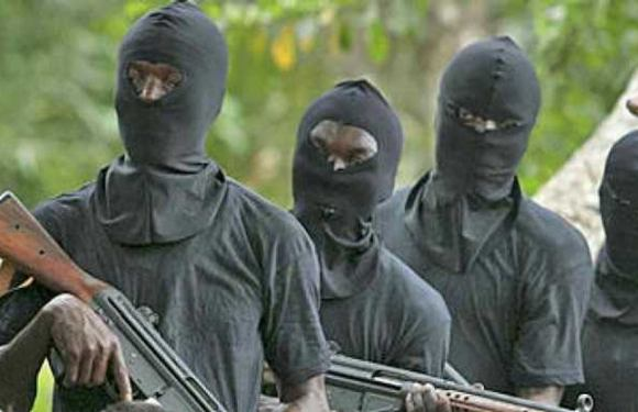 Gunmen kill Police Inspector, made away with rifle in Ondo