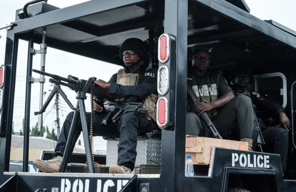 Enugu: Police arrest two suspects for alleged unlawful possession of firearms