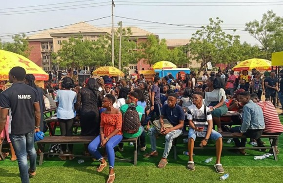 BBNaija Star, Frodd At UNIZIK, His Alma Mater For Maggie Show (Pictures)