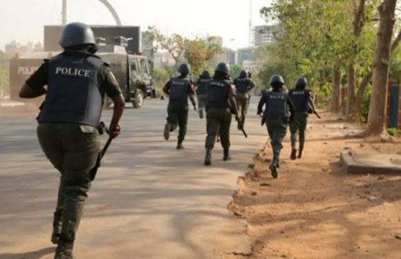 Troops rescue 12 hostages from Boko Haram