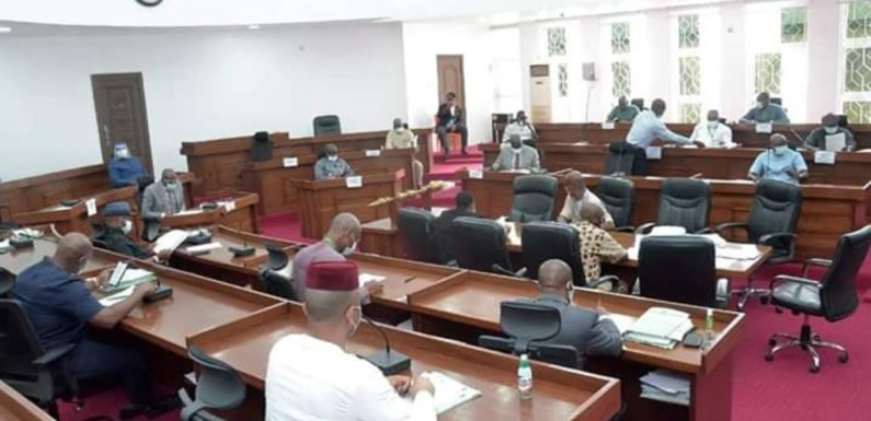 Abia Assembly moves against cultists, presents bill to prohibit possession of offensive weapons