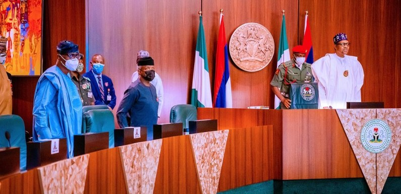 Buhari, ministers observe minute silence for two late cabinet members Published on February 3, 2021By John