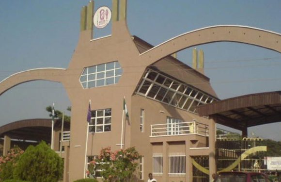 UNIBEN Protest: Students told to resume as university cancels N20,000 registration fee