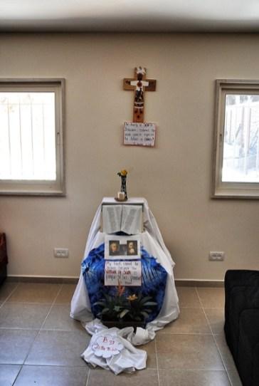 prayer-corner_01