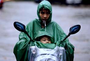 Hundreds homeless as torrential rains hit Korean peninsula