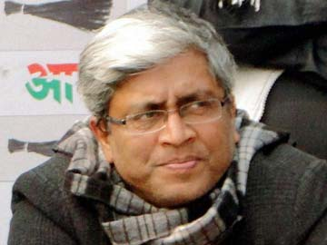 While at a police station, AAP's Ashutosh wrote this blog