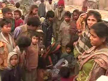Delhi: demolition drive forces women to deliver on road in freezing cold