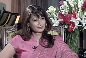 Sunanda Tharoor takes on Narendra Modi, also defends PDA with Shashi Tharoor