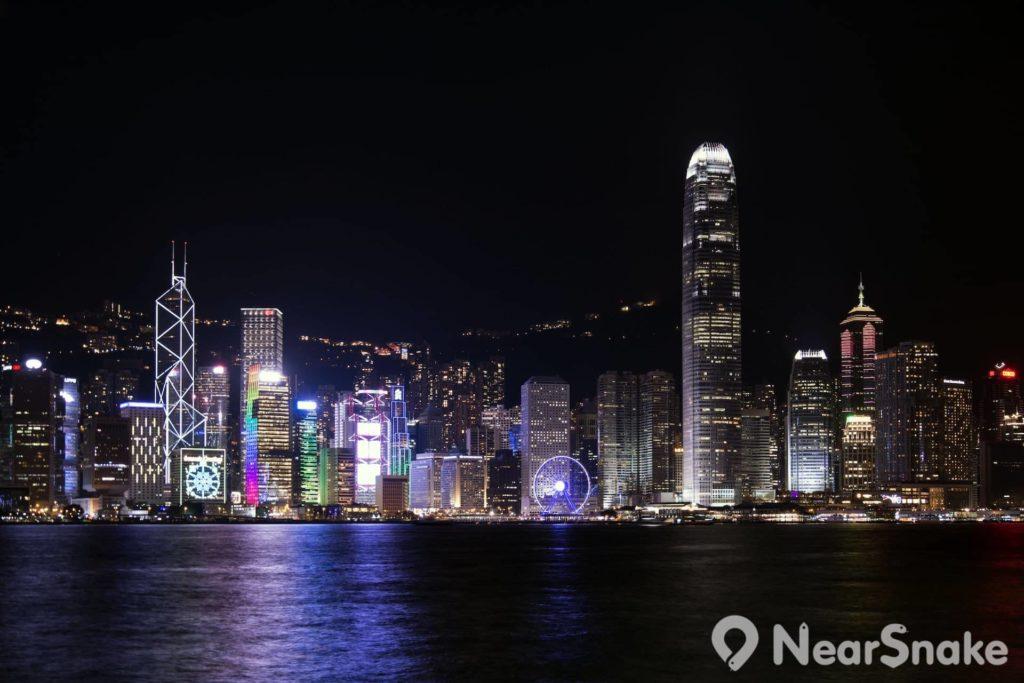 天星碼頭 Star Ferry Pier: 乘坐天星小輪盡覽香港維港兩岸風情 | NearSnake.com