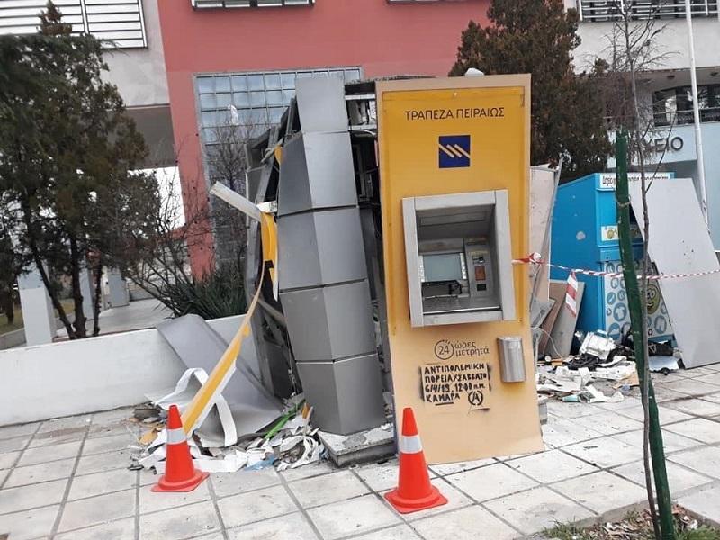 Θεσσαλονίκη: Ανατίναξαν ΑΤΜ μπροστά από το δημαρχείο Νέαπολης-Συκεών