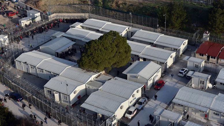 Μεταναστευτικό: Επίταξη χώρων στα νησιά για τα κλειστά κέντρα κράτησης