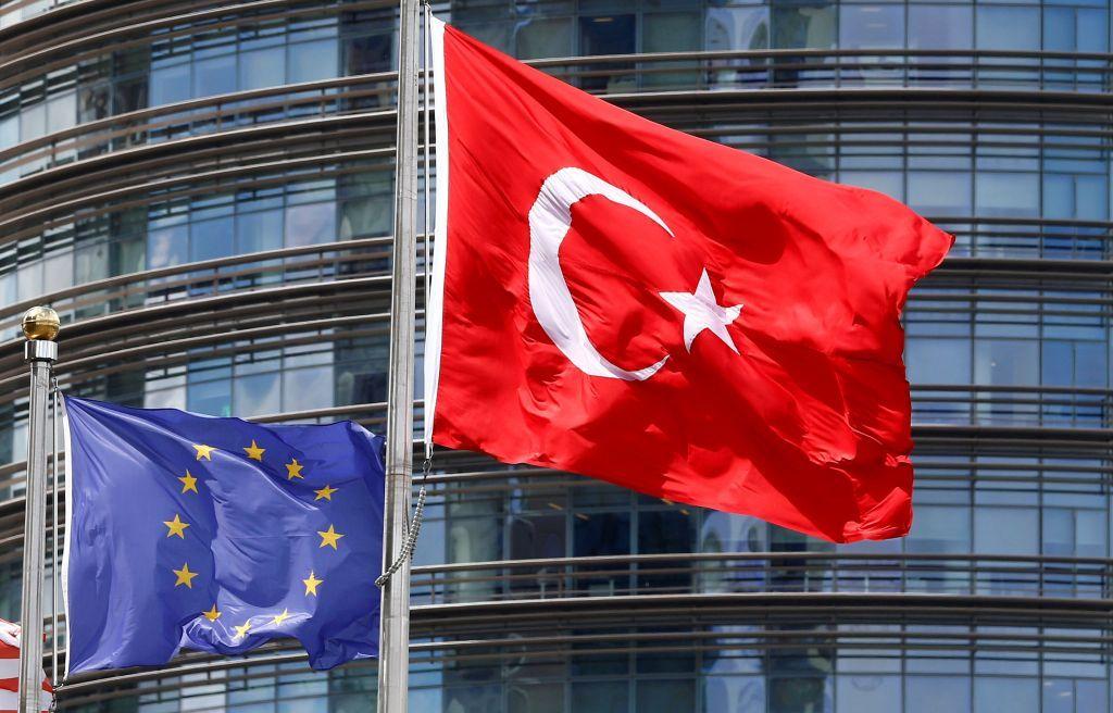 Κομισιόν : Το μποϊκοτάζ σε γαλλικά προϊόντα θα απομακρύνει την Τουρκία από την ΕΕ