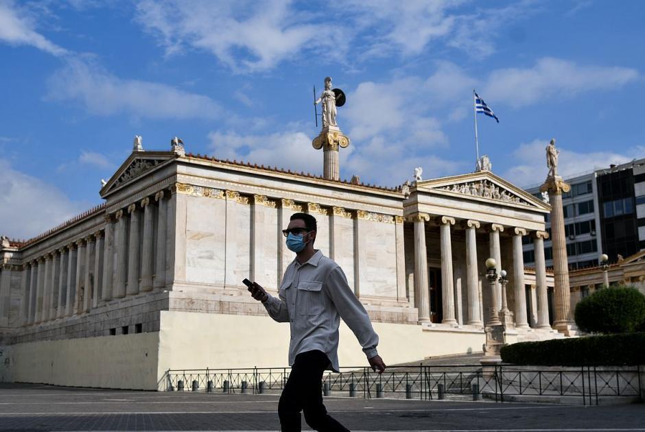 Άρση του lockdown: Τι αλλάζει από σήμερα – Tέλος τα sms, ανοίγει ο τουρισμός