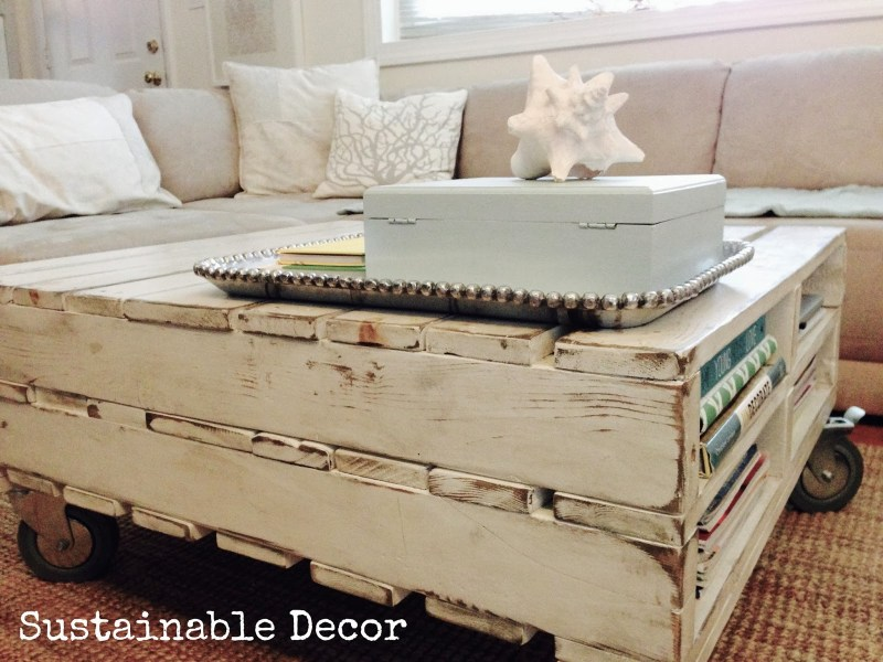 She Turned An Old Pallet Into Brand New Coffee Table - Neat