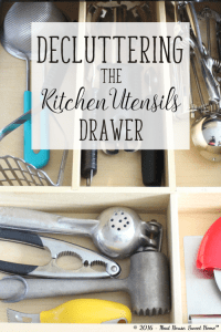 Declutter, sort and organize your kitchen utensils and say goodbye to the tangled mess.
