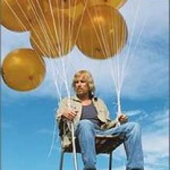 Chair With Balloons White Saucer Target Crazy Flying Oregon Lawn Man Reaches 13 000 Feet Portland