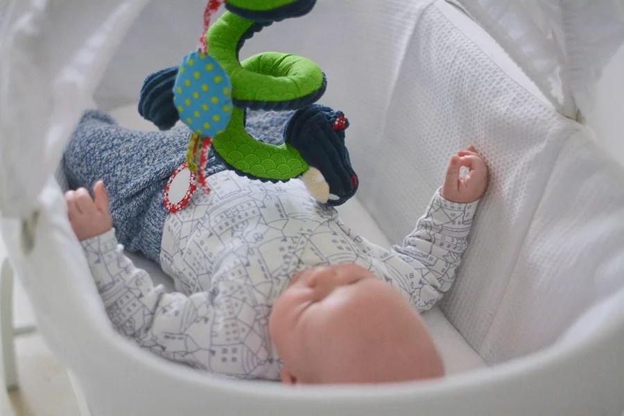 niemowlę w koszu mojżesza