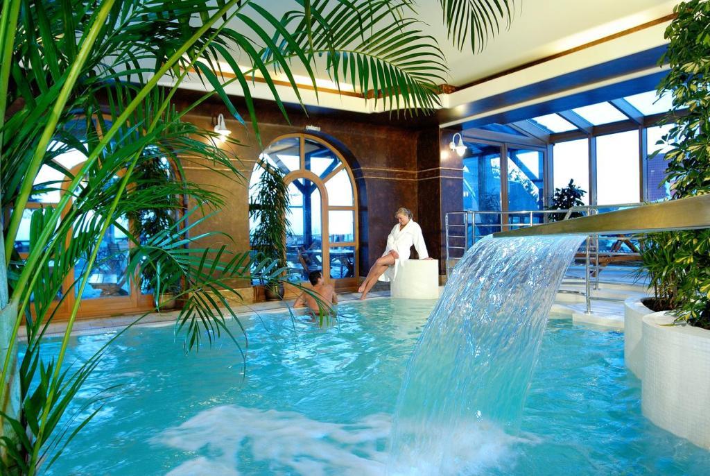Vital & Spa Resort Szarotka - basen