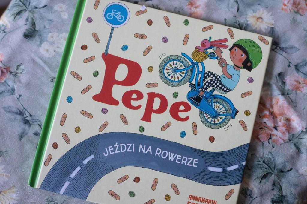 zdjęcie książki dla dzieci - Pepe jeździ na rowerze