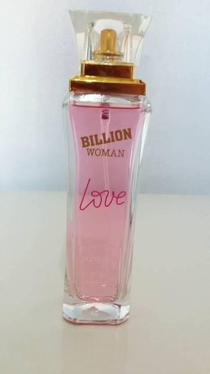 Necessaire da Diva 12417510_10154003901622319_1201879331033591265_n Perfume Billion woman love - testei no papel. Coisas de Bárbara.  Testei o perfume Billion woman love Perfume Billion woman love