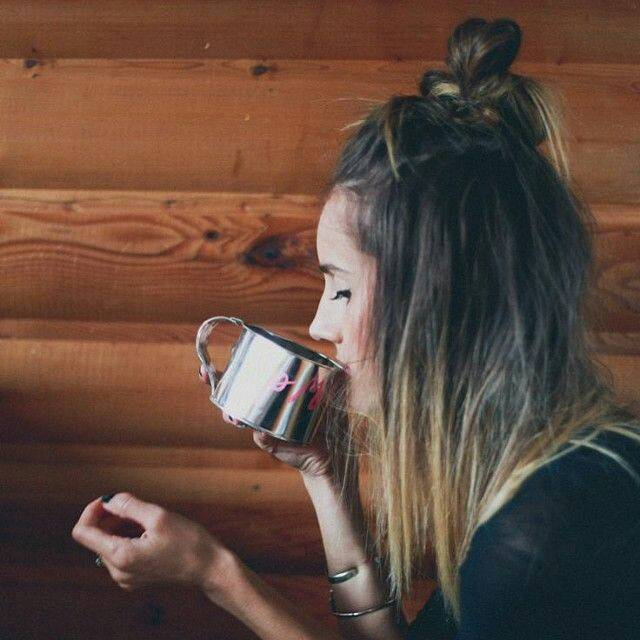 Necessaire da Diva 15966219_10154833027202319_4523364588016325156_n-1 Coques do momento para o verão. Beleza  verão Meio coque dicas Coques Coque duplo cabelo aposte nesses penteados para o verão