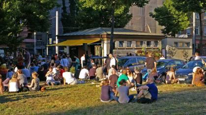 Nur ein kleiner Ausschnitt der beliebten Neumarkt-Wiese | Foto: Neckarstadtblog