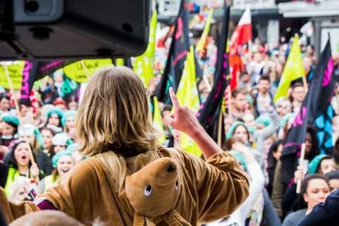 """Besser unbequem"" Warnstreik der ver.di Jugend | Foto: PGY Fotos"