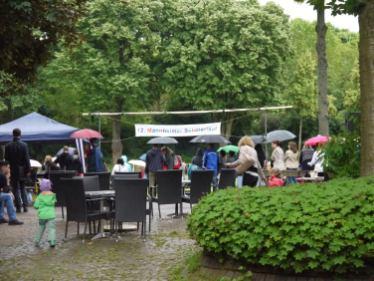 So richtig trocken bleib man auch in den Zuschauerreihen nicht   Foto: Neckarstadtblog