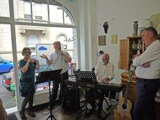 Songs der 20er bis 50er Jahre mit dem Salontrio Heidelberg am Sonntag bei Zweiachtel in der Eichendorffstraße | Foto: M. Schülke
