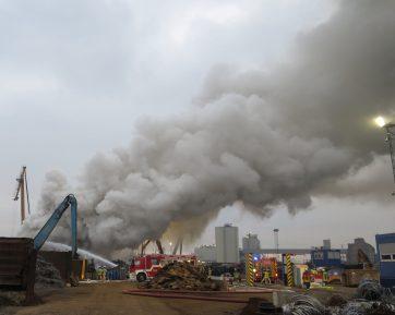 img 1888 1 ed - Großbrand bei Recyclingunternehmen (Update)