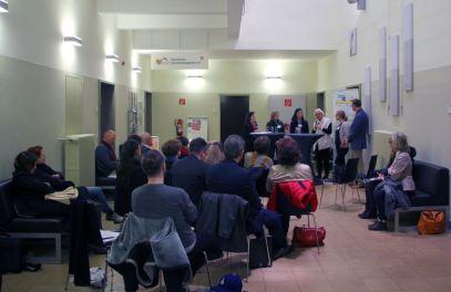 migrants4cities interessierte buerger im alten volksbad - Neue Perspektiven auf die Stadtentwicklung