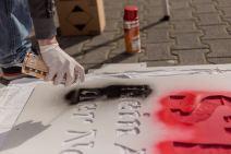 photo5411093013079370986 - Fenster- und Balkon-Aktionen gegen Mietwucher und Verdrängung