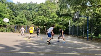 Der Basketballplatz im Herzogendriedpark | Foto: M. Schülke