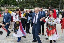 Photo of Parlamenti diskuton shkarkimin, Meta ia merr valles me dibranët në Presidencë