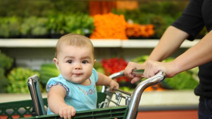 fresh fruit juice to babies