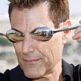 Uri Geller and spoons