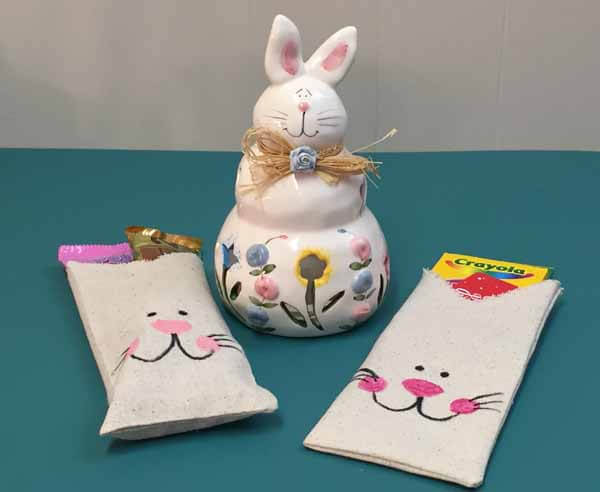 Sewing tutorial: Bunny treat bag for Easter